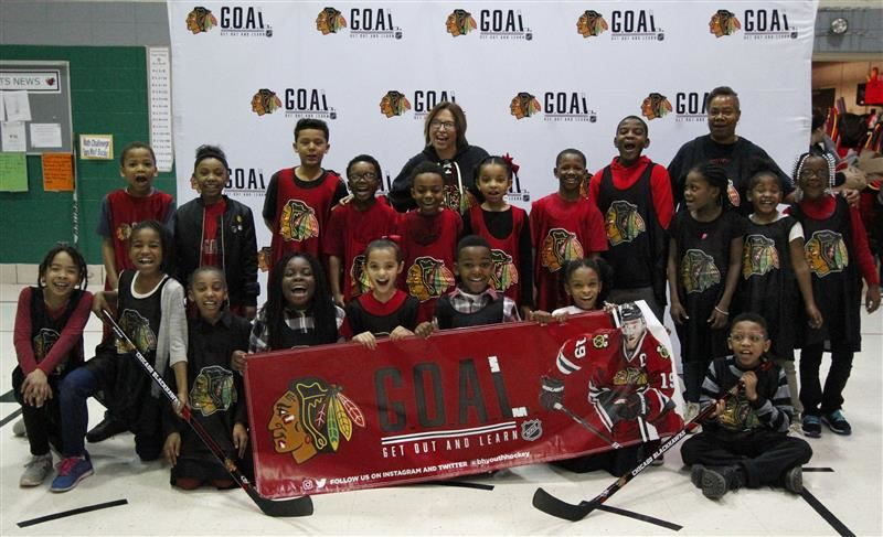 Illinois School benefits from Chicago Blackhawks program